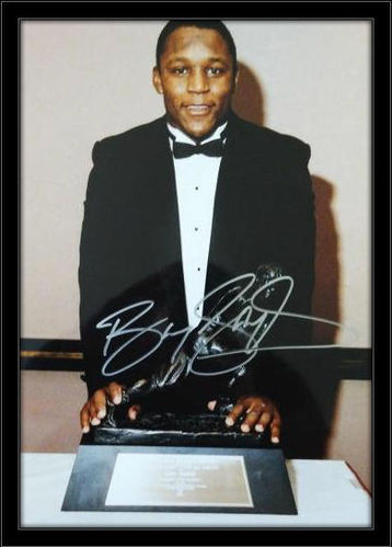 Framed Barry Sanders Autograph 11x14 Photo with COA