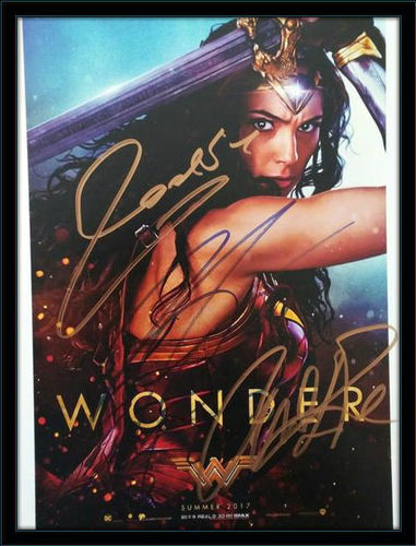 Framed Wonder Woman Cast Authentic Autograph with COA