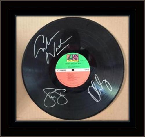 Crosby Stills Nash LP Authentic autographs on LP Cover Rare with COA