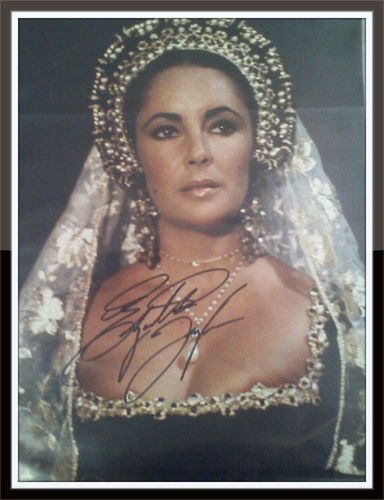 Elizabeth Taylor Authentic Autograph with COA