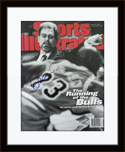 Framed Phil Jackson Bulls Autographed Magazine Cover with COA